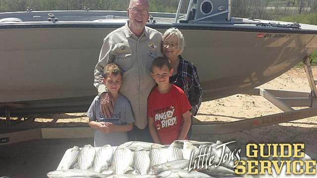 Lake Texoma Striper Fishing.jpg